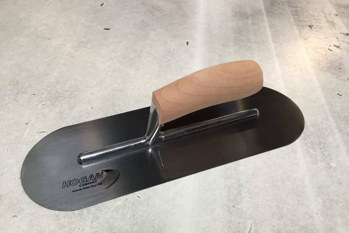 14 X 5 Finishing Trowel Wood Handle Round